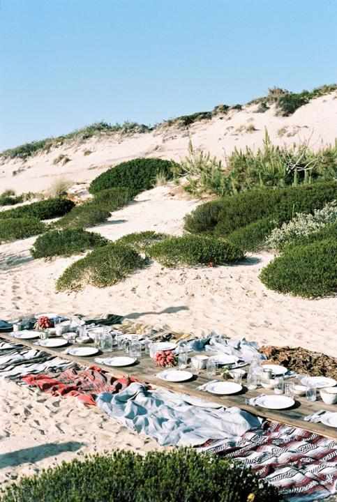 Amazing beach picnic set-up.